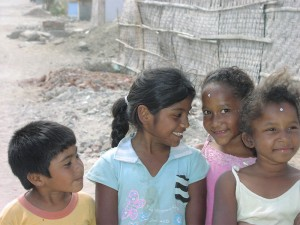 Children wait for a better future plan Verde NGO